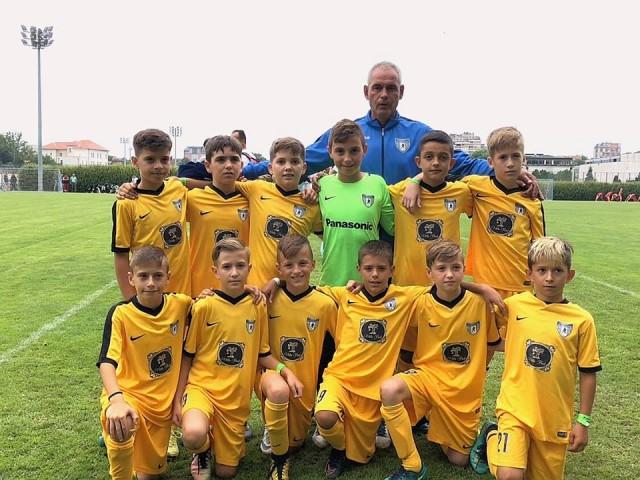 Млади фудбалери на Академија Пандев - генерација 2008