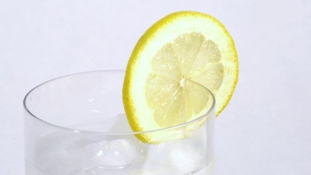 benefits-of-lemon-water