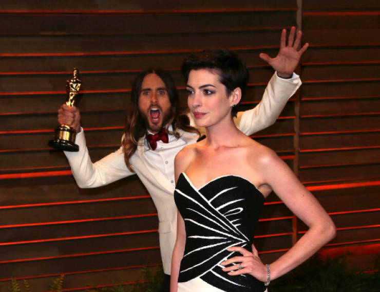 these_celebs_are_photobomb_masters_640_04